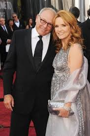 Lea Thompson Is Wife Of Famous American Director Howard Deutch