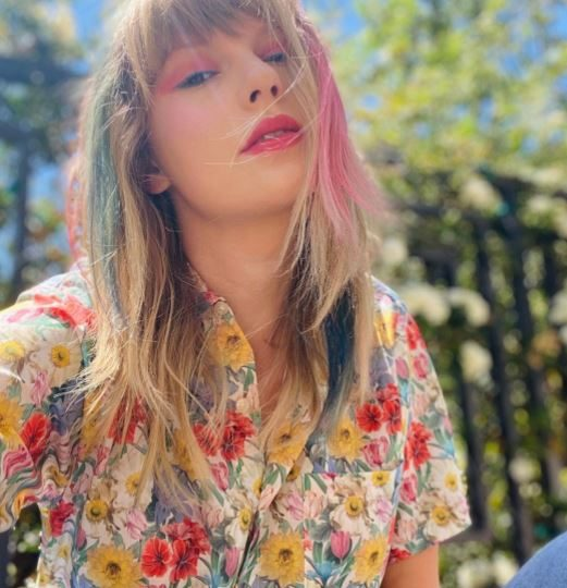 Taylor Swift Wiki 2021: Age. Height. Career and Net Worth